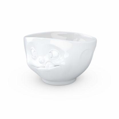 vit skål i porslin med tungan stickande ut från munnen för att uttrycka en tokig känsla, rymmer 500 ml